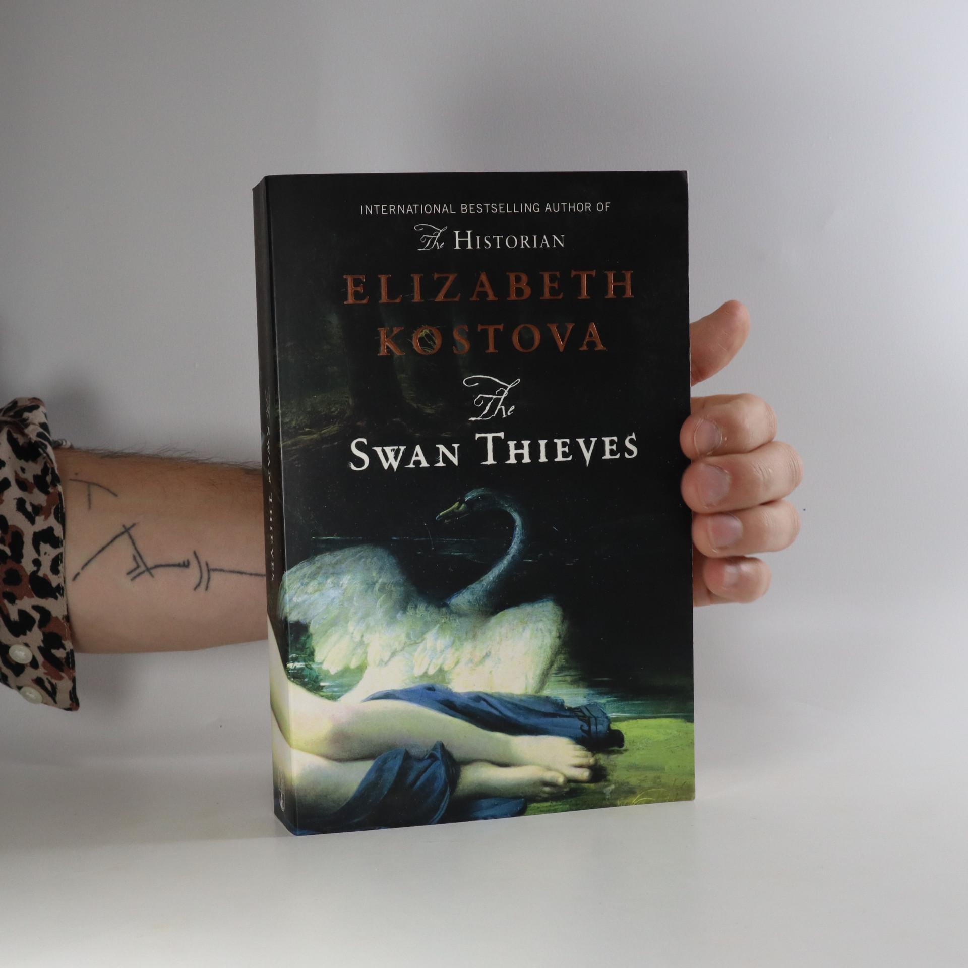 antikvární kniha The swan thieves, 2010