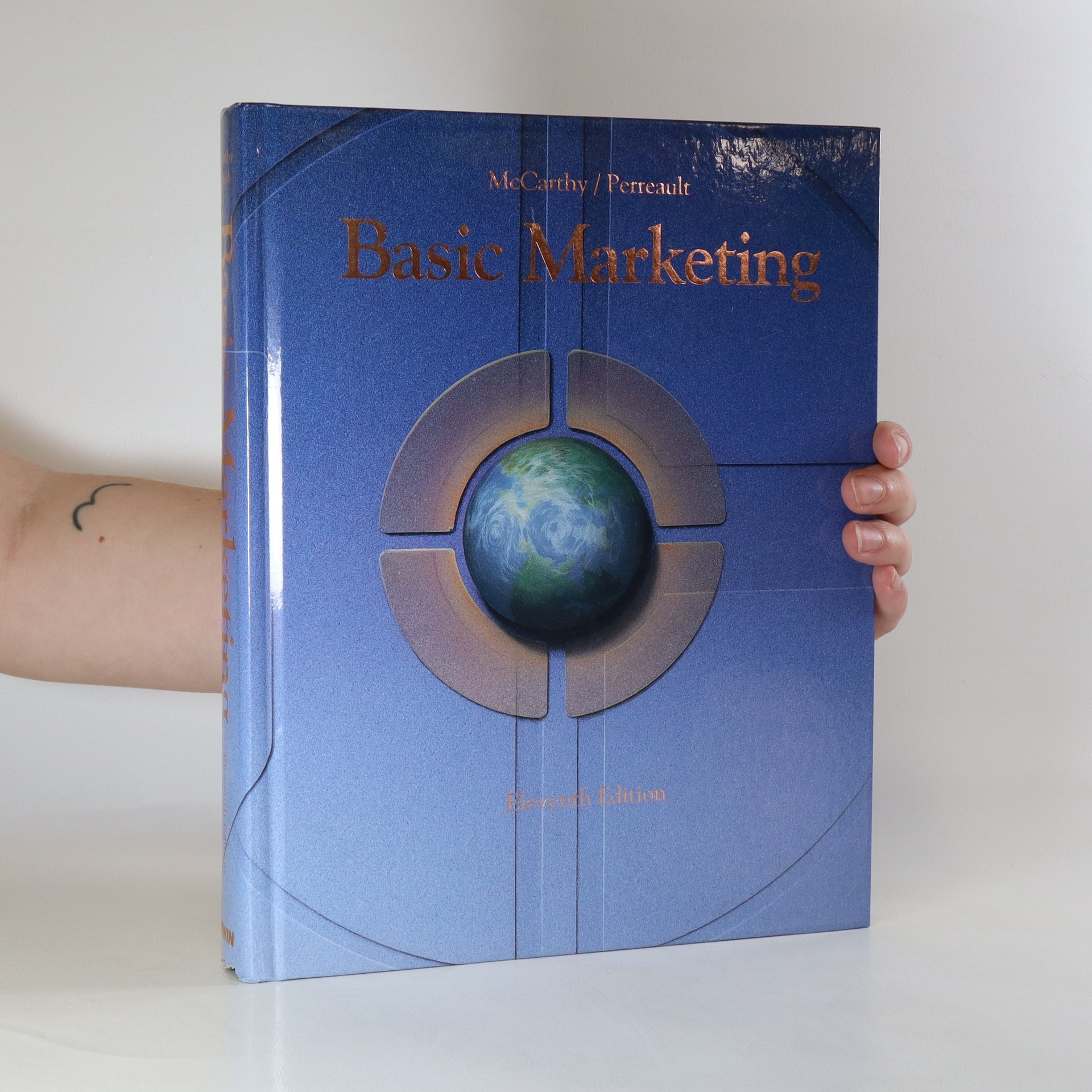 antikvární kniha Basic marketing. A global-managerial approach, 1993