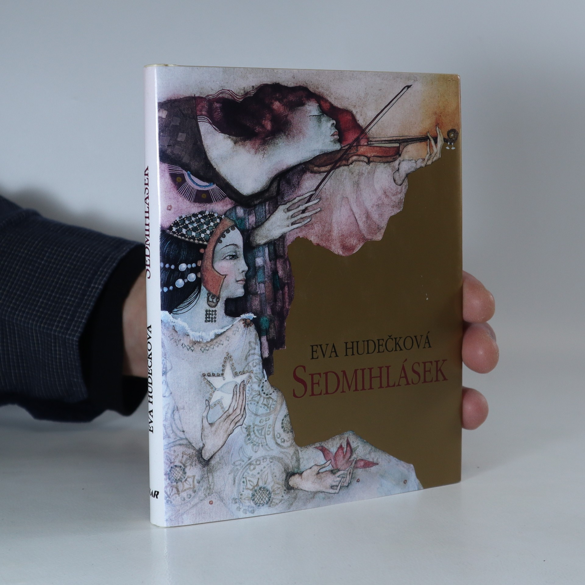 antikvární kniha Sedmihlásek, 2002