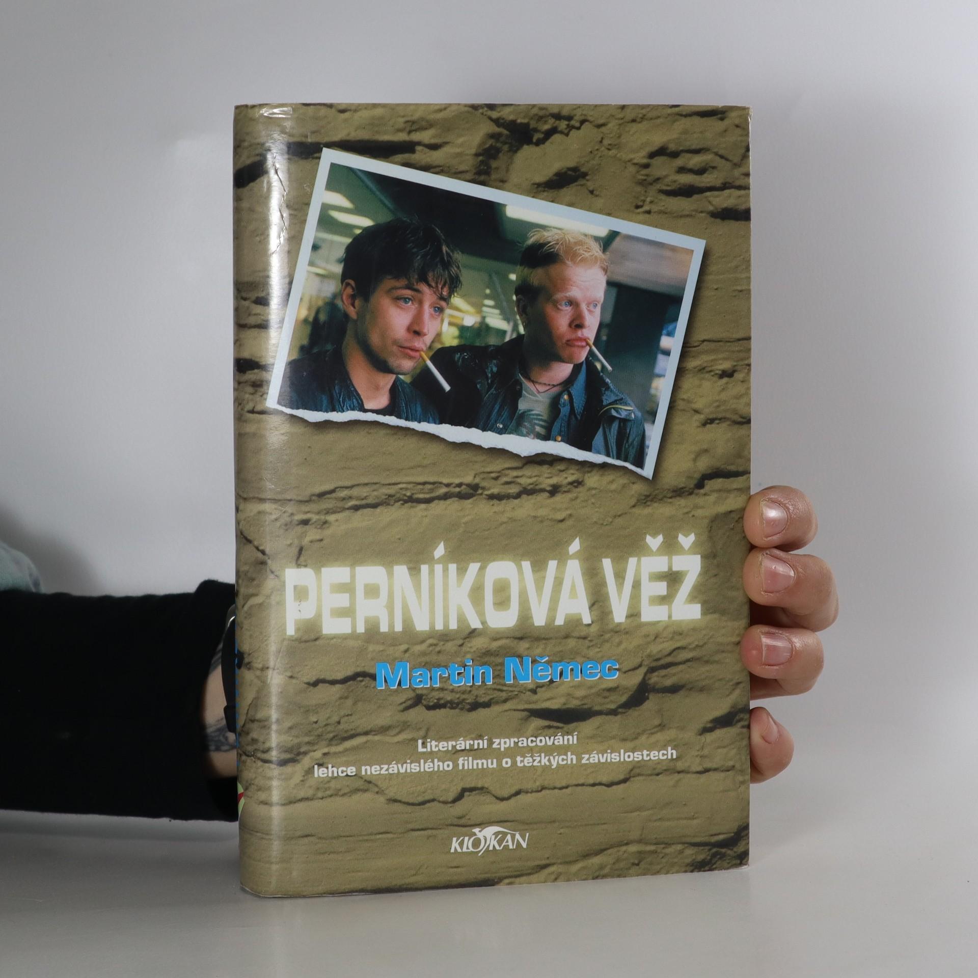 antikvární kniha Perníková věž : literární zpracování lehce nazávislého filmu o těžkých závislostech, 2002