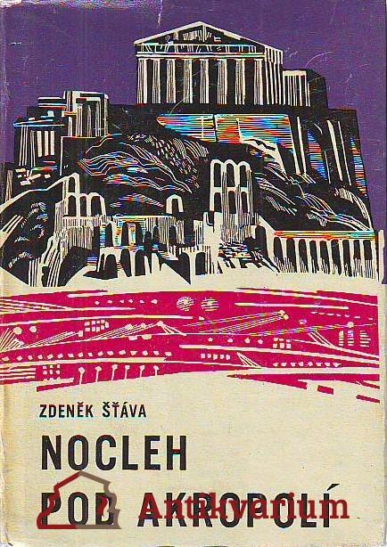 Nocleh pod Akropolí