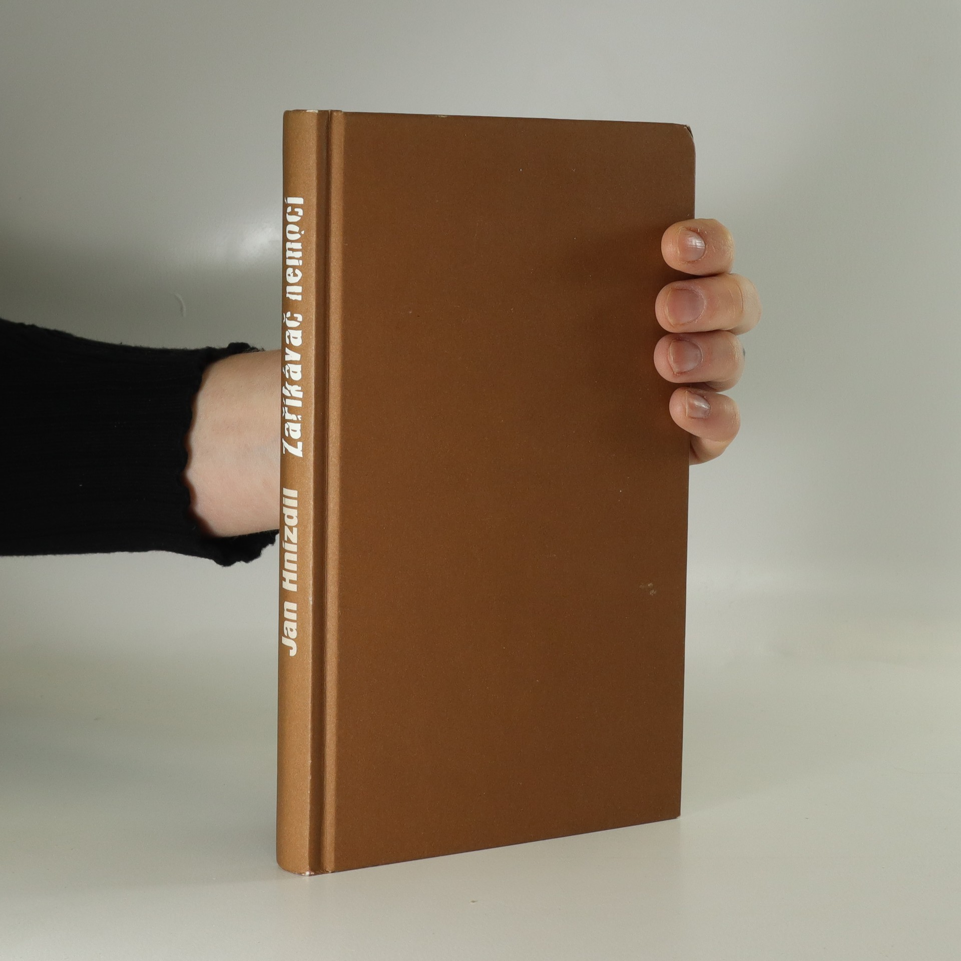 antikvární kniha Zaříkávač nemocí. Chcete se léčit, nebo uzdravit?, 2014