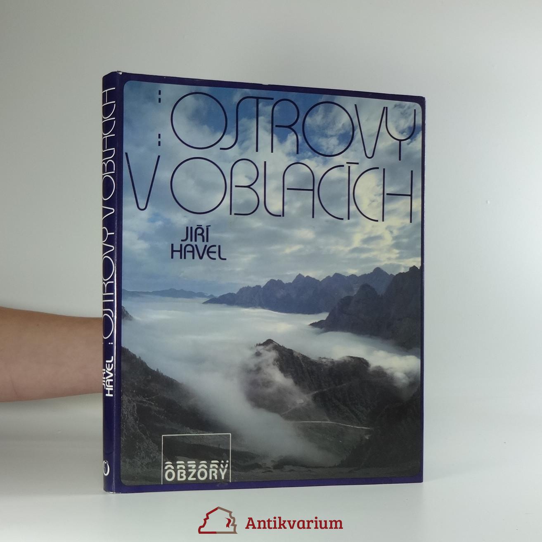 antikvární kniha Ostrovy v oblacích : fot. publ., 1989