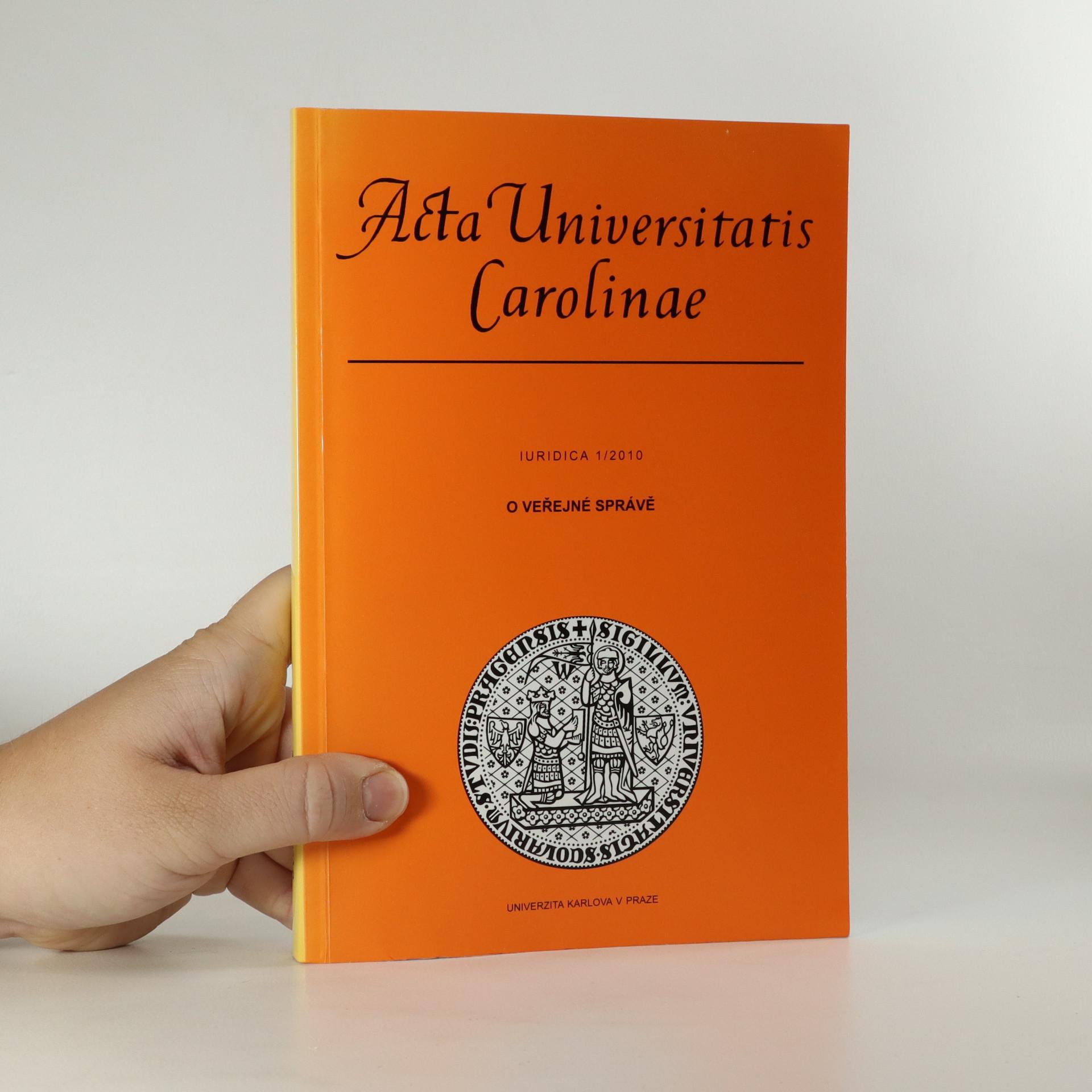 antikvární kniha O veřejné správě (asi podpisy autorů), 2010