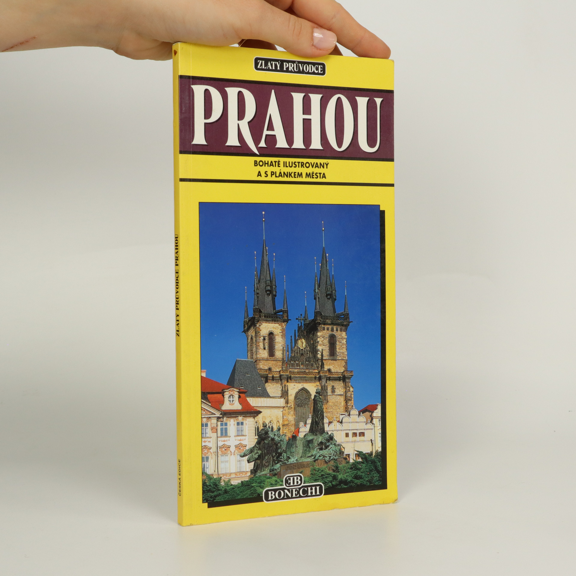 antikvární kniha Zlatý průvodce Prahou, 1997
