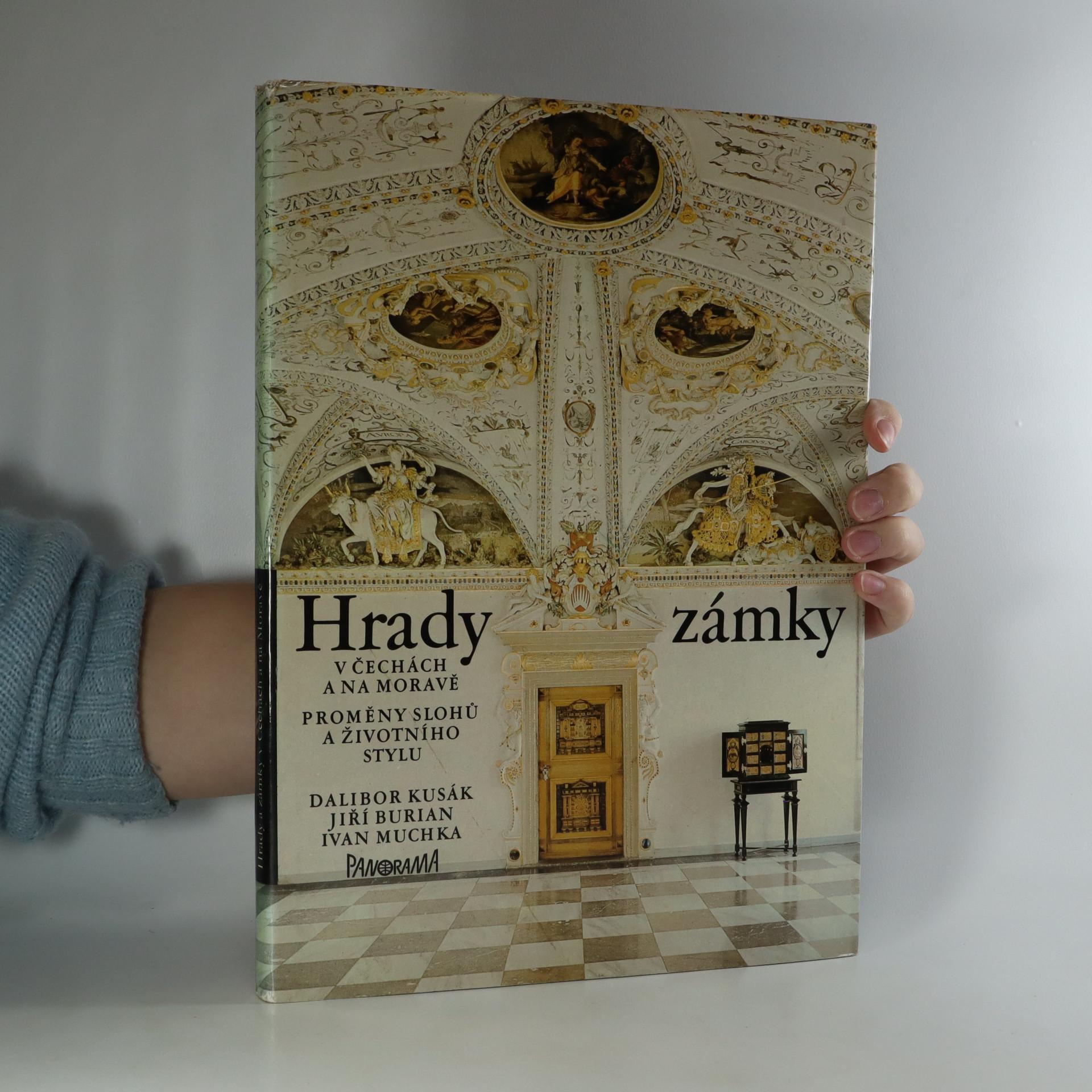 antikvární kniha Hrady a zámky v Čechách a na Moravě. Proměny slohů a životního stylu, 1980
