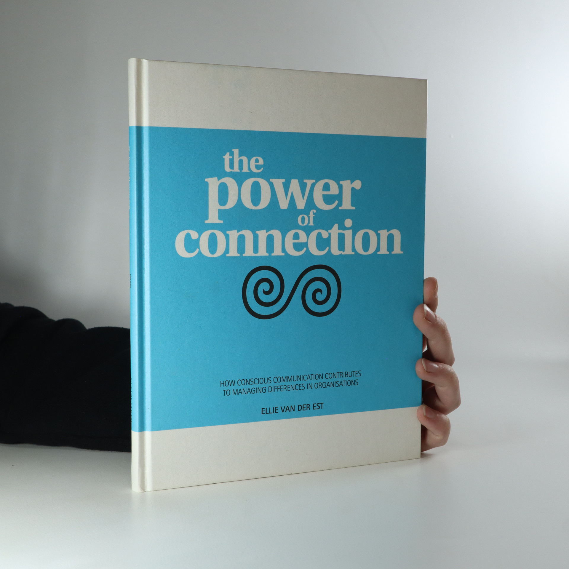 antikvární kniha The Power of Connection, 2012