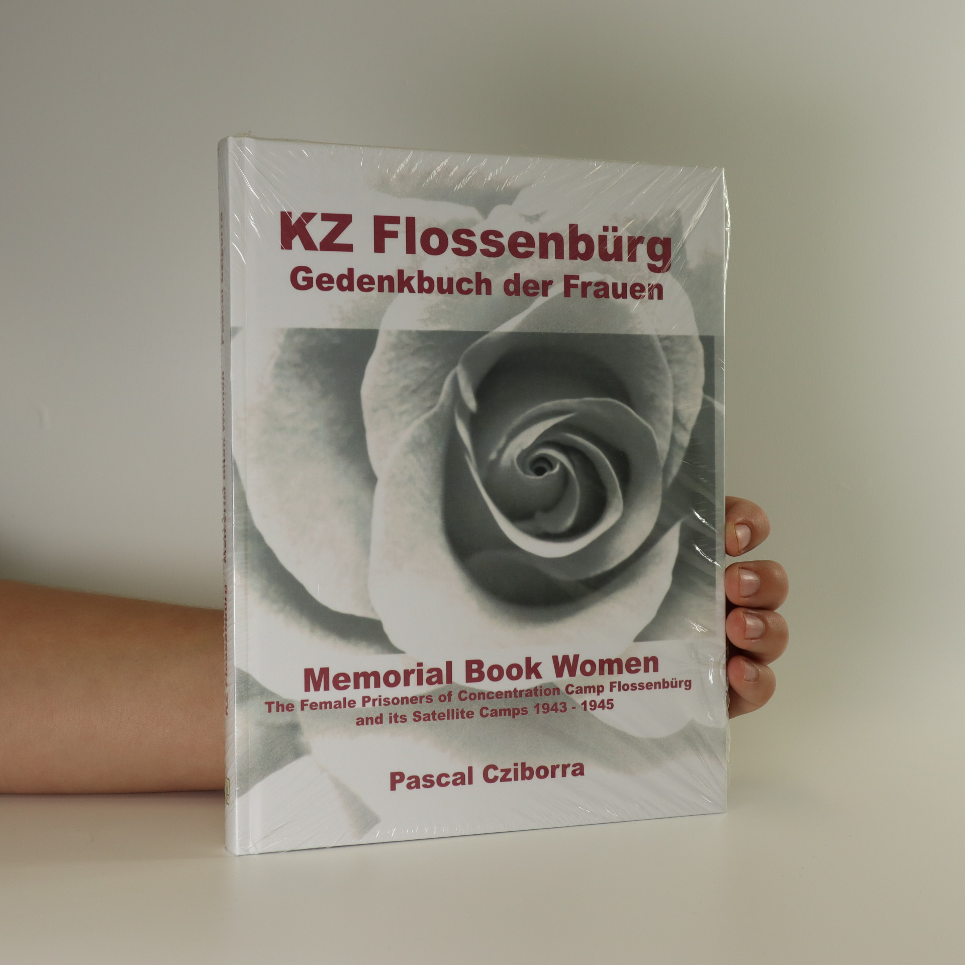 antikvární kniha KZ Flossenbürg. Memorial book women. The female prisoners at concentration camp Flossenbürg and its satellite camps 1943-1945, neuveden