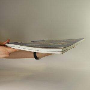 antikvární kniha New Headway English Course (2 svazky), neuveden
