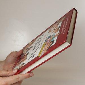 antikvární kniha Výchova podle slavných maminek. 25 exkluzivních příběhů ze světa mateřství., 2010