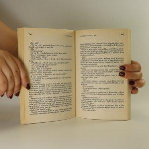 antikvární kniha S úctou Maigret, 1992
