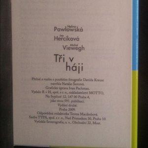antikvární kniha Tři v háji, 2009