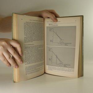 antikvární kniha Public Finance. A Contemporary Application of Theory to Policy., neuveden