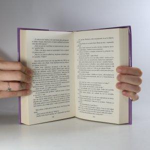 antikvární kniha Šarlatové pírko, 2011
