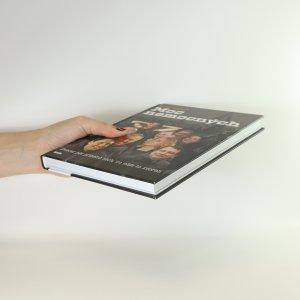antikvární kniha Moc nemocných. Dvacet pět příběhů těch, co nám to zvorali, 2014