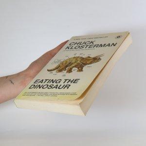 antikvární kniha Eating the dinosaur, 2010