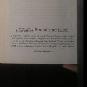 antikvární kniha Korunka pre Laurel, 2000