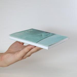 antikvární kniha Pod hladinou, 2016
