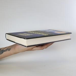 antikvární kniha Osobní asistentka, 2019