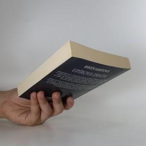 antikvární kniha Upírova zrada, 2013