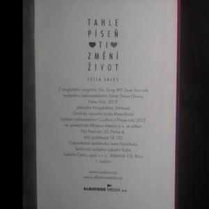 antikvární kniha Tahle píseň ti změní život, 2013