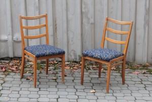 náhled knihy - Dvě židle. 50. léta.