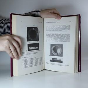 antikvární kniha Plastic Behavior of Anisotropic Solids. Comportement Plastique Des Solides Anisotropes., 1985