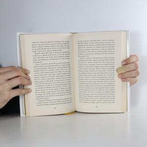 antikvární kniha O nebi a zemi , 2013