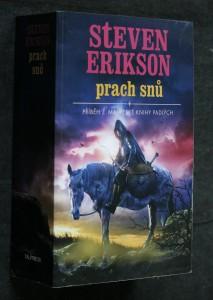 náhled knihy - Prach snů : příběh z malazské Knihy Padlých