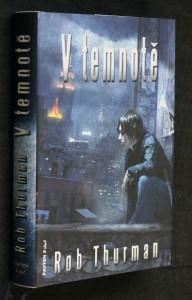 náhled knihy - V temnotě