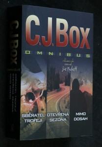 náhled knihy - Sběratel trofejí ; Otevřená sezóna ; Mimo dosah : C.J. Box omnibus : v hlavní roli revírník Joe Pickett