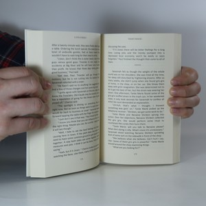 antikvární kniha Night Magic, 2015