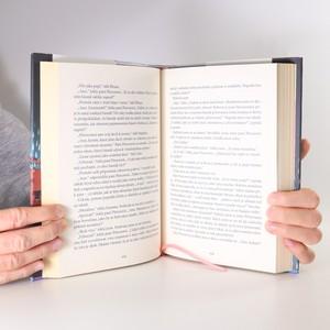 antikvární kniha Skvostná země, 2012