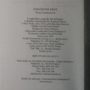 antikvární kniha Strážkyně krve, 2013