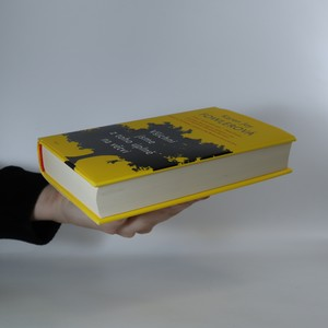 antikvární kniha Všichni jsme z toho úplně na větvi, 2015