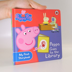 náhled knihy - Peppa Goes to the Library
