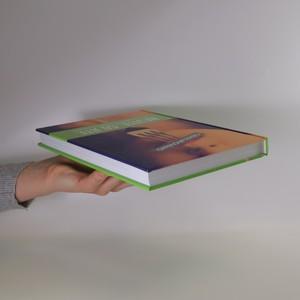 antikvární kniha Nevíte, co jíte, 2014