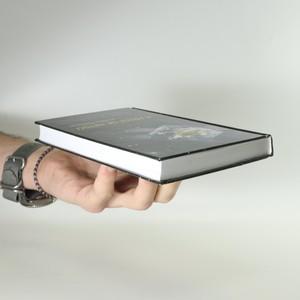 antikvární kniha A přece se netočí, 2012