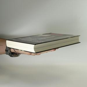 antikvární kniha Im bus ganz hinten. Eine deutsche geschichte, 2011