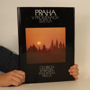náhled knihy - Praha v proměnách světla