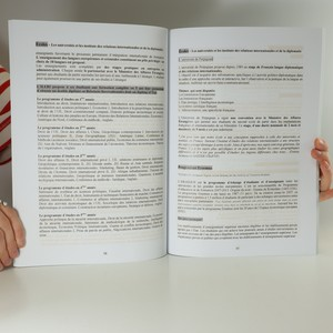 antikvární kniha Qui cherche, trouve , 2013