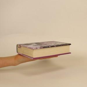 antikvární kniha A zavaž si tkaničky, 2016