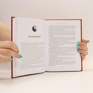 antikvární kniha Na všechno máte : tajemství života v bohatství, 2020