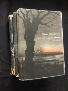 náhled knihy - Píseň nad vodami I, II, III