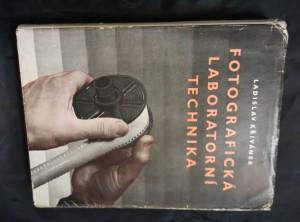 náhled knihy - Fotografická laboratorní technika (Oppl, 320 s.)