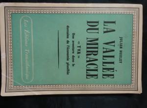 náhled knihy - La Vallée du miracle (Obr, 92 s, 60 s. obr. příl.)