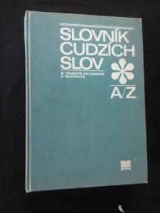 Slovník cudzích slov (A4, Ocpl, 944 s.)