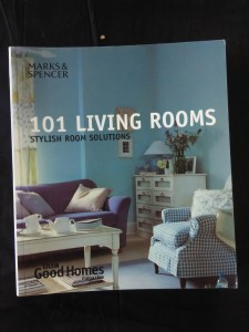 náhled knihy - 101 Living Rooms - Stylish Room Solutions (Obr, 224 s., bar foto)