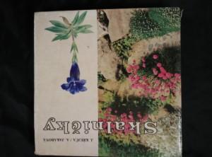 náhled knihy - Skalničky - farebný atlas rastlín pre skalky (Ocpl, 310 s., uvol. vazba)