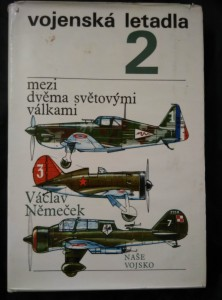 Vojenská letadla 2 - Mezi dvěma světovými válkami (Ocpl., 228 s., příl.)